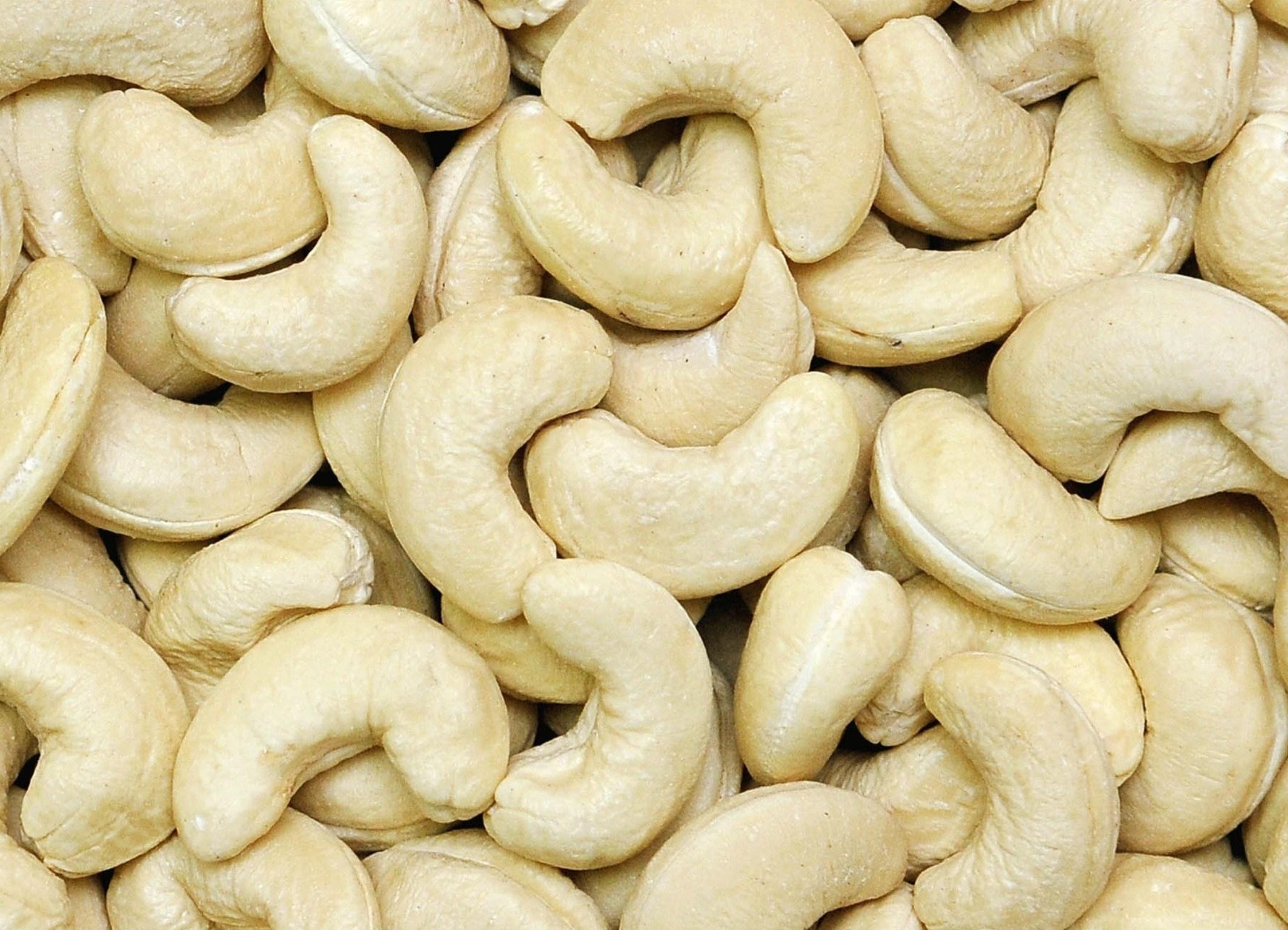 CASHEW NUTS WW180