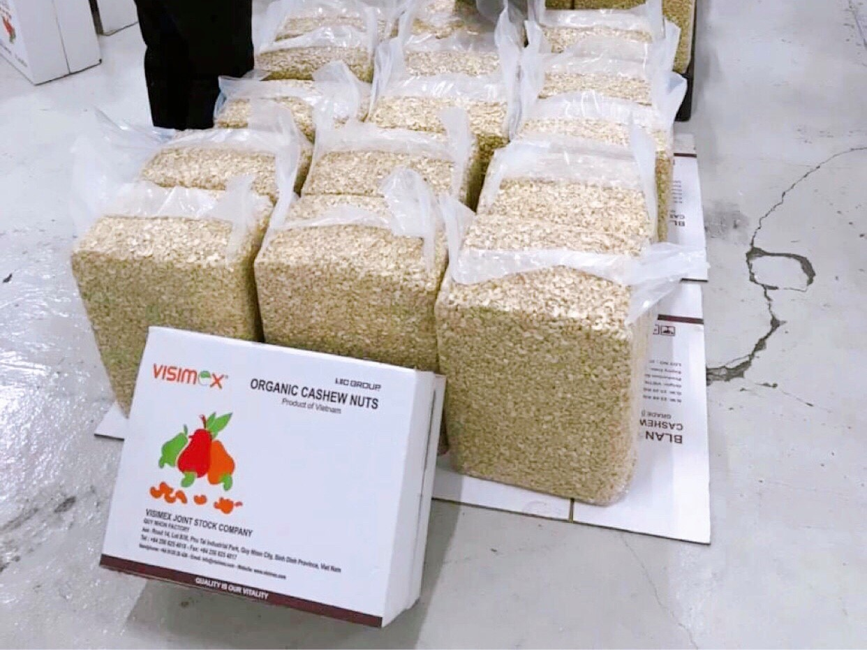 Vietnam leads world in cashew production and export